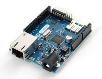 Ein Arduino mit Ethernet- und SD-Schnittstelle für etwa 50 Euro