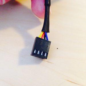 4-Pin-Lüfterstecker von Hinten